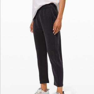With Ease Mid-Rise 7/8 Pant size 6 & 2